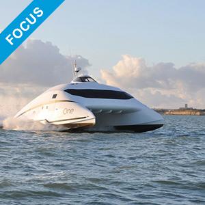 A2V-ESHUTTLE Catamaran à portance aérodynamique 100% électrique sur batterie pour le transport rapide de passagers